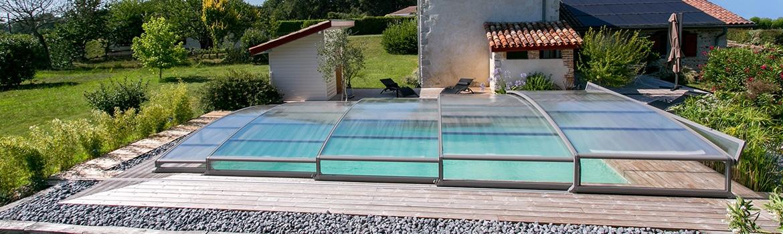piscine couverte quels sont les crit res d terminant le prix. Black Bedroom Furniture Sets. Home Design Ideas
