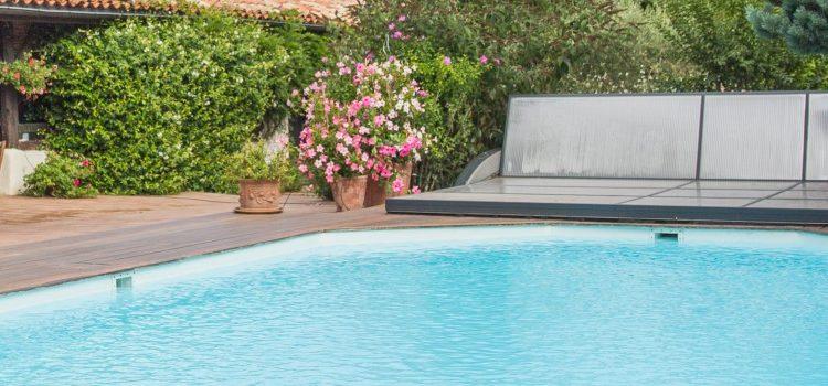 Eau de piscine trouble : que faire ?